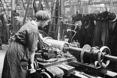 Longbridge factory Austin 1915