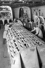 Longbridge factory Austin 1940s