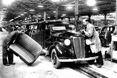 Cowley factory Morris Motors 1946