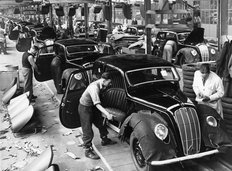 Cowley Factory Morris Motors 1945
