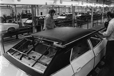 Cowley factory British Leyland 1975