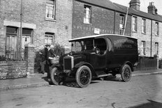 Morris One Ton delivery van 1924