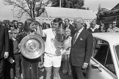 Jimmy Connors with Chris Evert and Lord Stokes